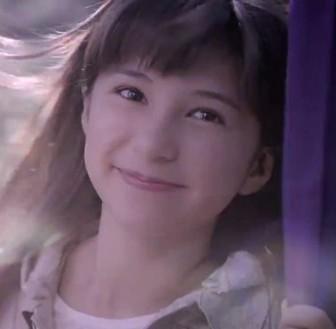 スパーダ(Spada)新CMで矢を射る女の子は松木エレナ!弓道姿が凛々しい美少女