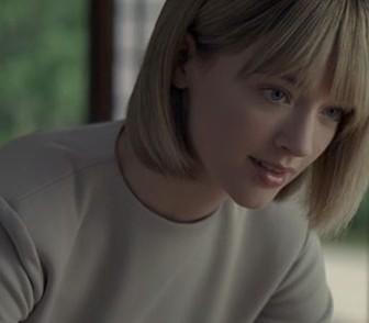 JTのCMに出演!金髪美女の名前はリヴ オドリスコール(Liv O'Driscoll)動画あり
